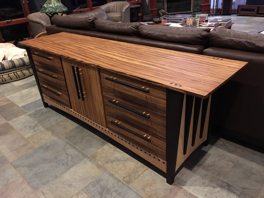 Six Drawer Dresser with Center Cabinet 2