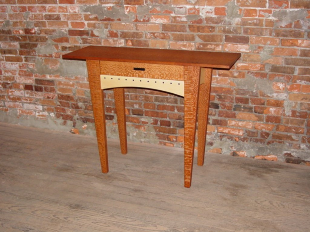 One Drawer Table with tapered legs